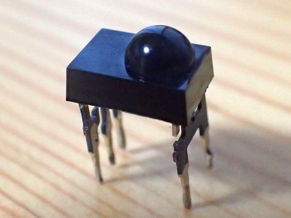 赤外線リモコン受信モジュールの移植(続々々:はんだ付けは男のたしなみ)